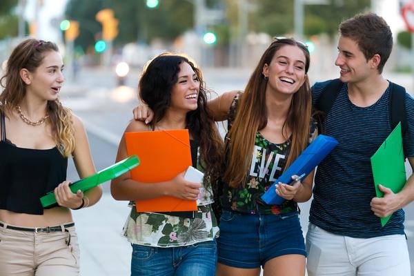 ¿Qué nivel de inglés debes tener antes de ir a estudiar a Australia o Nueva Zelanda?